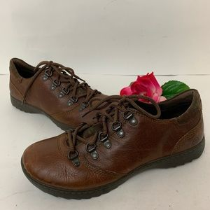 Born Mens Size 9 Brown Lace Up Oxford Shoes
